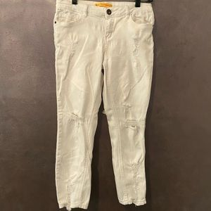 Womens/ Juniors white cropped jeans size 5